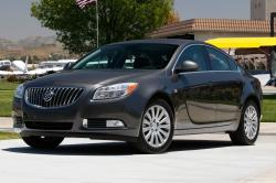 2013 Buick Regal #3