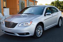 2013 Chrysler 200 #3