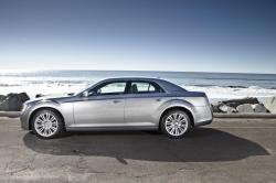 2014 Chrysler 300 #5