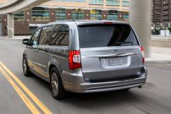 2014 Chrysler Town and Country #10