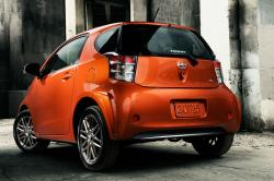 2014 Scion iQ #8