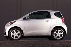 2014 Scion iQ #6