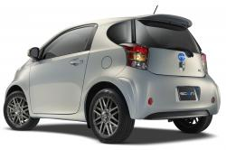 2014 Scion iQ #7