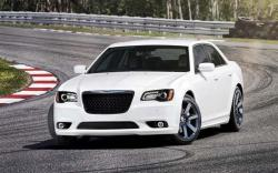 2015 Chrysler 300 #4