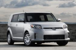 2015 Scion xB #3