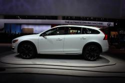 2015 Volvo V60 Cross Country #6