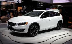 2015 Volvo V60 Cross Country #7