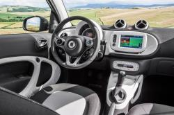 2016 smart fortwo #9