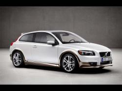 Volvo C30 finding Nemo or something else?