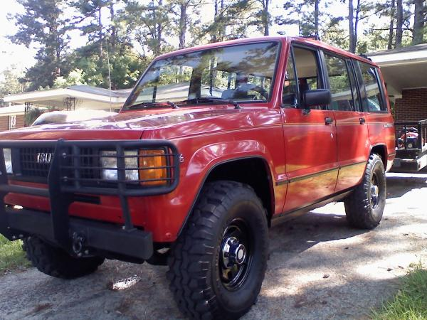 1991 Isuzu Trooper #1