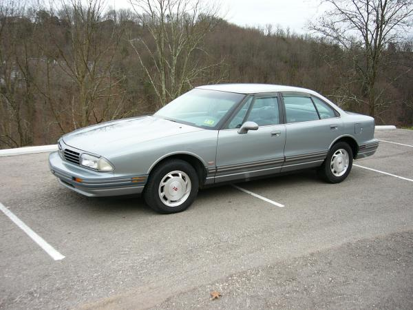 1993 Oldsmobile Eighty-Eight Royale #1