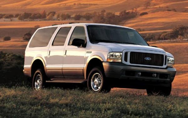 2003 Ford Excursion #1