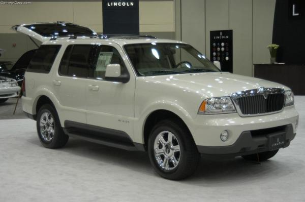 2004 Lincoln Aviator #1