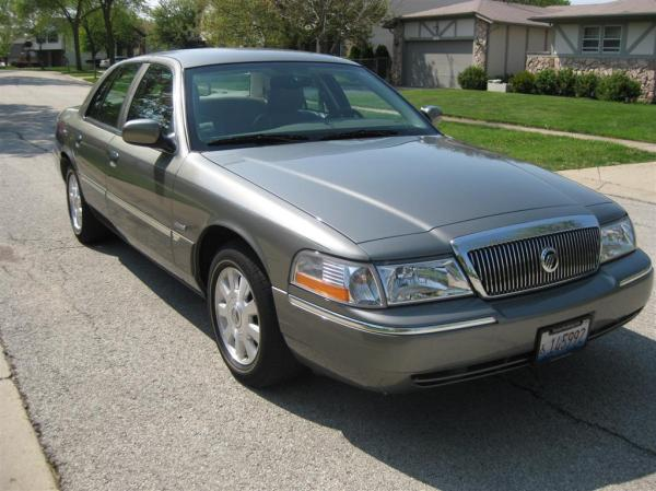 2004 Mercury Grand Marquis #1