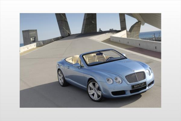 2011 Bentley Continental GTC #1