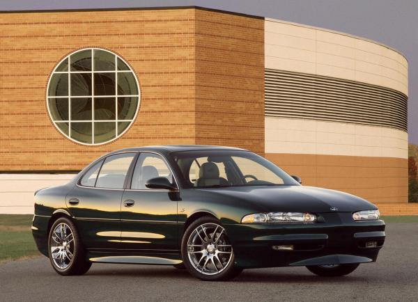 The gold digging ride, Oldsmobile Intrigue