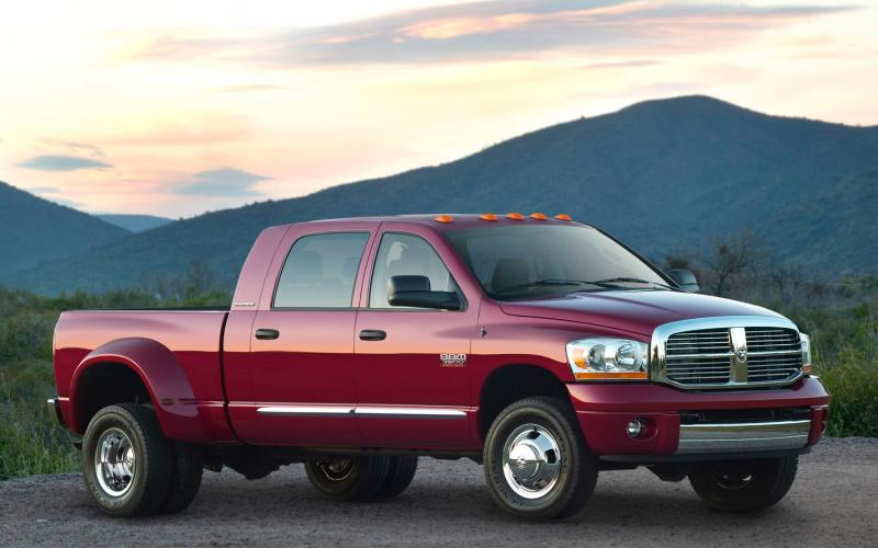 2009 Dodge Ram Pickup 3500 - Information and photos - Zomb Drive