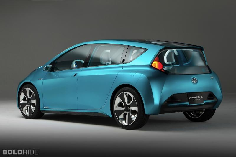 2014 toyota prius c information and photos zombiedrive. Black Bedroom Furniture Sets. Home Design Ideas