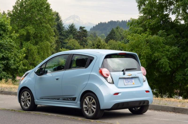 2015 chevrolet spark information and photos zombiedrive. Black Bedroom Furniture Sets. Home Design Ideas